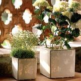 polecam sklep internetowy wobeline.pl  . Mają cudne rzeczy. W tej galerii pokazuje doniczki na zioła, kwiatki itd. W końcu wiosna idzie:)))