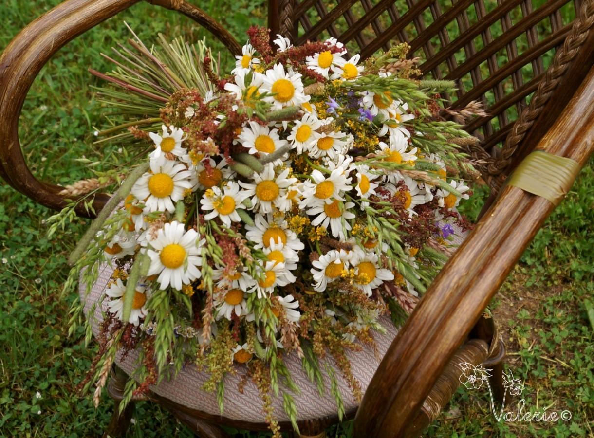 Rośliny, Trochę lata - Bukiet z kwiatow ląkowych. Obok nas niedaleko jest ląka :)