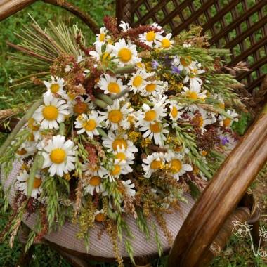 Bukiet z kwiatow ląkowych. Obok nas niedaleko jest ląka :)