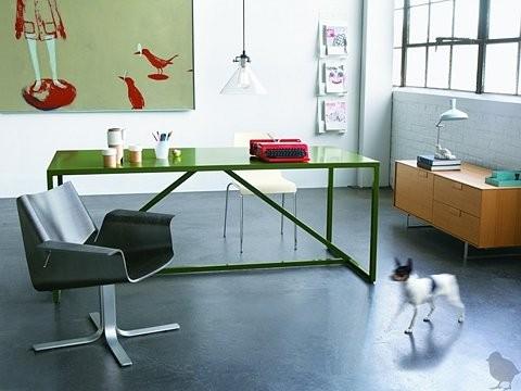 Pozostałe, kolory, tapety, meble - Piekne zielone biurko i podloga (chyba) z polerowanego betonu