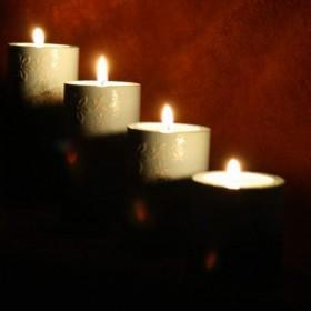 Świeczniki, romantyczny nastrój dla dwojga.