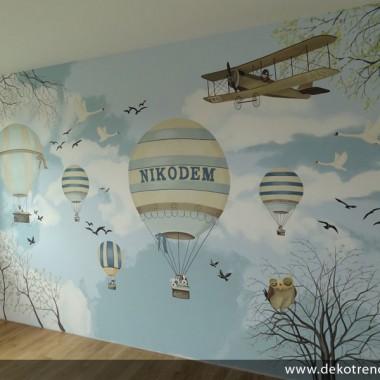 artystyczne malowanie ścian, malowidła ścienne, malunki na ścianie, pokój dziecięcy, pokój dla dziecka, pokój dla dziewczynki, pokój dla chłopca, pokój dla dziewczynki, dekoracja ścian, Balony, Niebo, samolot