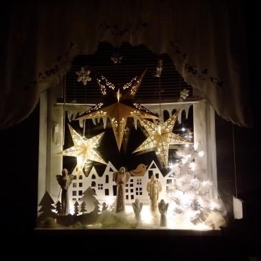 Strojenie okien to moja ulubiona zabawa przed świętami...tak zabawa, bo bawię się jak dziecko! Wszystkiego dobrego na święta