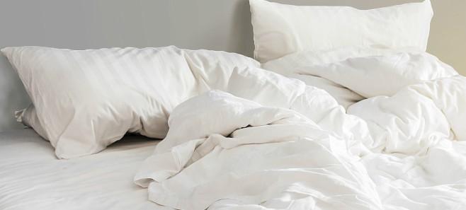 Jak utrzymać w czystości materac do łóżka?