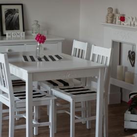 Komoda i stół szuka nowego domu