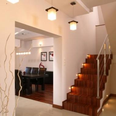 Schody murowane a jednak drewniane