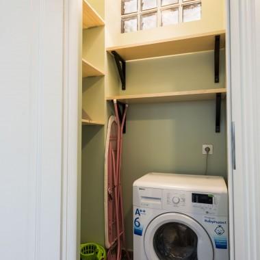 W pralni była kiedyś toaleta, ale ją zlikwidowałam - tak jest chyba bardziej funkcjonalnie.
