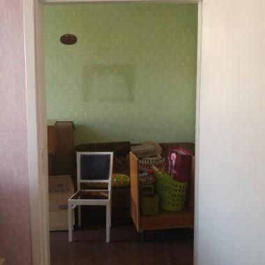 Sypialnia... zmieniała się stopniowo i powoli.... pierwotnie była jedną wielką graciarnią.... z czasem stałą się sypialnią z miejscem na garderobę :-)