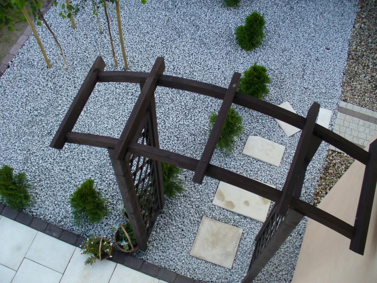 Wizualizacje, Kamień w ogrodzie