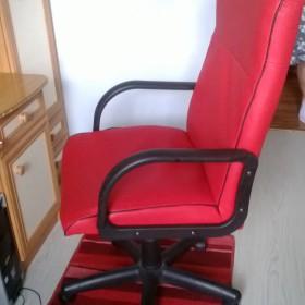 Wymiana tapicerki w fotelu