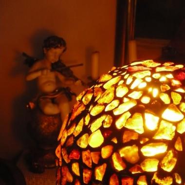 .............lampa daje niesamowite światło...........