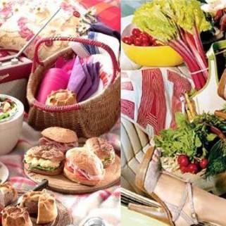 Wiosna w pełni, grilluje kto może i jakoś zapominamy o piknikach. A szkoda...Proponuję odświeżyć tradycję weekendowych pikników! Może parę zdjęć z netu zachęci Was do takiej formy wypoczynku na łonie natury :)