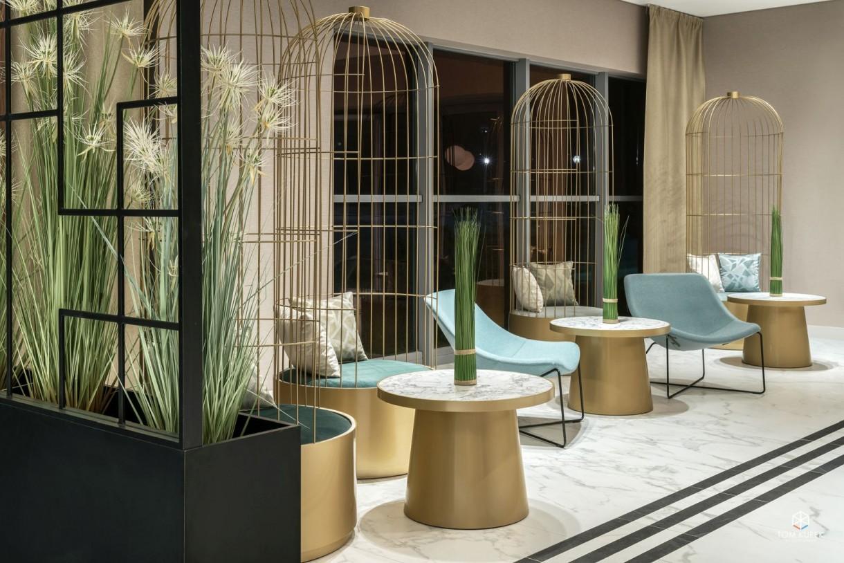 Pozostałe, Tremend z nagrodą European Property Awards - O nagrodzie  International European Property Awards to inicjatywa, która ma na celu wyłonienie najlepszych architektonicznych projektów ze świata: prywatnych oraz komercyjnych. Konkurs odbywa się od 1993 roku, a gala wręczenia nagród ma miejsce w Londynie. Architekci z Tremend mają na swoim koncie wyróżnienia za Ibis Styles Budapest City oraz hotelu Novotel we Wrocławiu (2016), Ibis Styles Grudziądz (2017 r.) oraz Novotel Poznań Centrum (2018 r.).