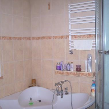 łazienka i nowy nabytek-prysznic&#x3B;)