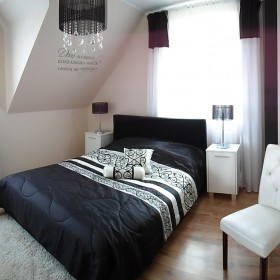 sypialnia w kolorach black&white