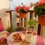 Balkon, Balkon o różnych porach dnia &#x3B;) - gdy zachodzi słońce....
