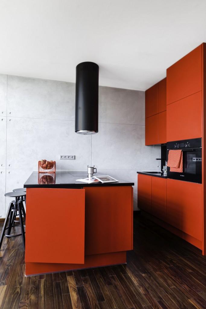 Kuchnia, Apetyt na design, czyli kuchenne trendy okiem architekta - Coraz częściej, klienci decydują się również na obłe kształty mebli (zaokrąglone szafki na krawędziach np. wyspy czy szafki wiszące na końcu zabudowy) - wyjaśnia ekspertka.