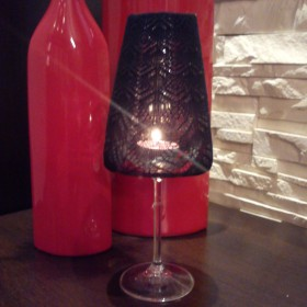 Lampka z kieliszka