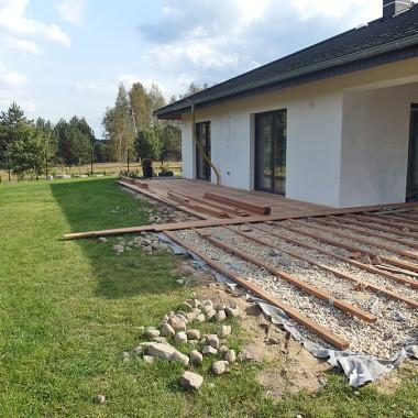 Taras drewniany w Żarach