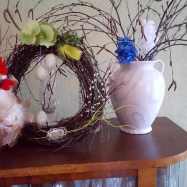 Z okazji Świąt Wielkanocnych najserdeczniejsze życzenia: zdrowia, szczęścia oraz wszelkiej pomyślności