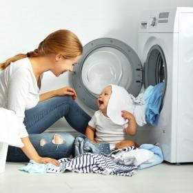 Poradnik: Jak sprzątać, gdy w domu jest małe dziecko?