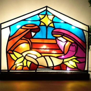 Szopka Betlejemska - witraż podświetlony lampkami