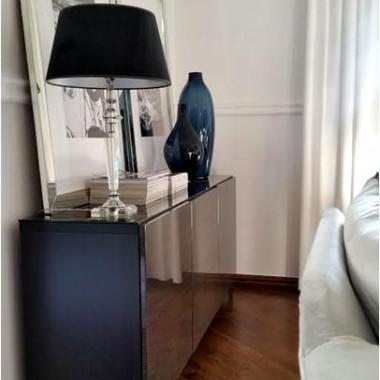 Troszkę zmian w naszym salonie ... może kogoś zainspirują.Nowy klimat to zasługa m.in. komód z IKEA :) Ps. 1. więcej szczegółów na blogu Velour HomePs. 2. jeżeli komuś wpadły w oko poduchy to zapraszam na Velour Home Boutique