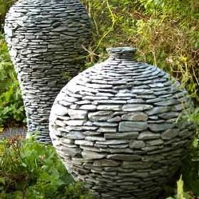 Kamień dekoracją ogrodu.