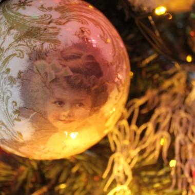...2018 nadal nastrój świąteczny :)I w tym nastroju, na nadchodzący 2019, życzę Wam dziewczyny siły,radościi pomyślności.DOBREGO NOWEGO ROKU !