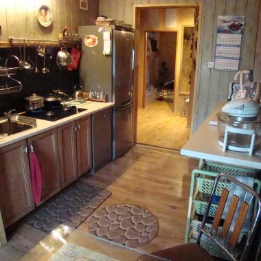 moja kuchnia- 16 metrów  kw.miejsce gdzie pitarszę mojemu mężowi to co lubimy...