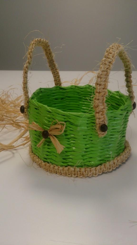 Pozostałe, koszyki, przechowywanie - wiosenny koszyczek, ekowiklina, sznur konopny, rafia i ziarna kawy- hand made