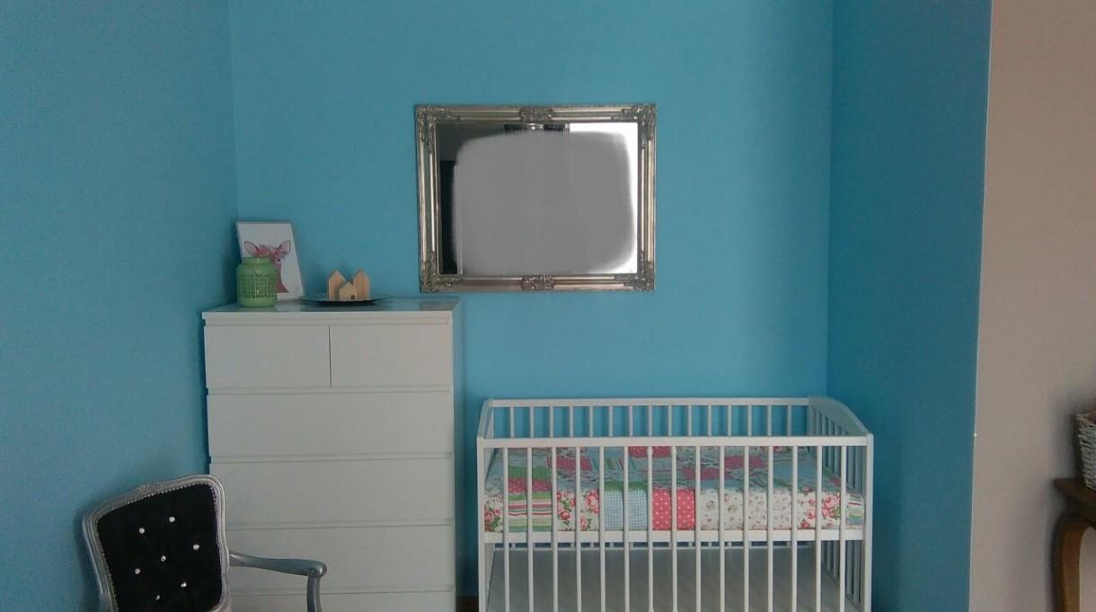 Pokój dziecięcy, Kacik dla noworodka.Proszę o rady. - Wybaczcie, że zamazalam odbicie w lustrze, ale dziś stój zupełnie podomowy :) Pytanie jak z opisu glownego : co z tym lustrem ?