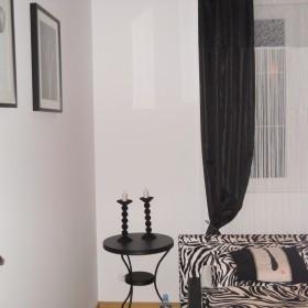 Moja sypialnia - też czarno-biała:)