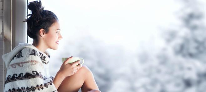 Jak zapobiegać przeciągom? Przygotowanie okien na zimę