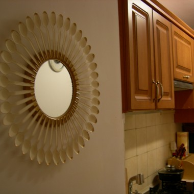 Jak tanim kosztem udekorować pustą ścianę, np w stylu glamur lub innym dowolnym w zależności od pomysłu wykonawcy,cena i jakość też od tego zależy &#x3B;)pasuje do kuchni, łazienki, przedpokoju itp itd. Można je zrobić w wersji świątecznej :)