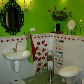 Łazienka w makach