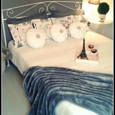 Wiosenne aranżacje łóżka.