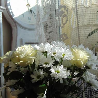 ..............i kolejne kwiaty.............tym razem białe...............