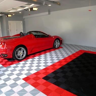 Garaż z Ferrari