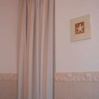 nowa zasłona w łazience