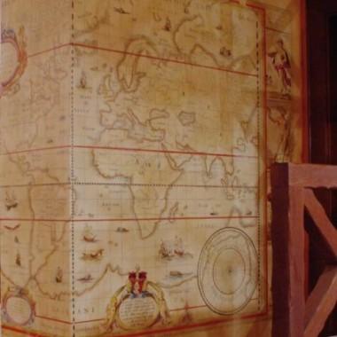 malowidła starych map