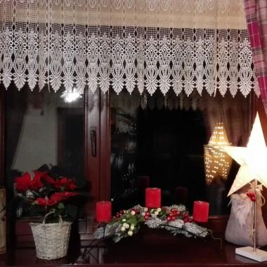 Radosnych świąt Bożego Narodzenia przepełnionych radością i miłością.  Spędzonych w gronie osób życzliwych i kochających.