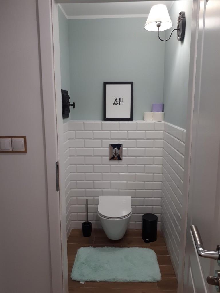 Metamorfoza toalety z lat 90tych