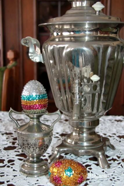 Pozostałe, jajogłowe damy i inne jajkowe przebierańce..... - jaja z cekinami