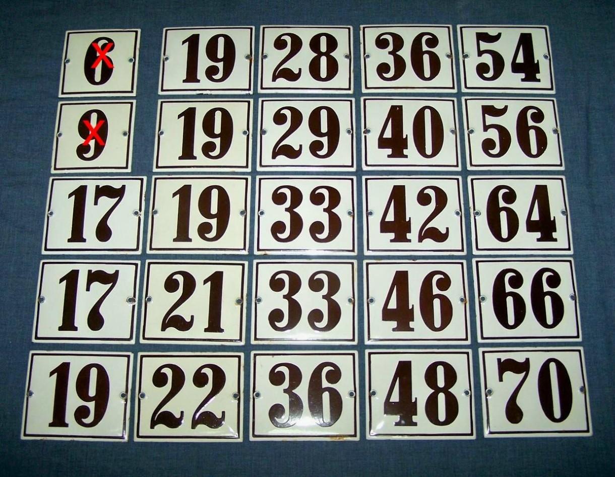 Zdjecie 1 3 W Aranzacji Stare Emaliowane Szyldy Z Numerami