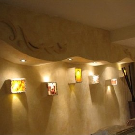 płaskorzeźby,konstrukcje i mozaiki z kafli