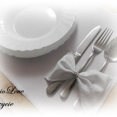 Podkładka na stół, idealnie sprawdzi się na weselu, I Komunii Św. itp