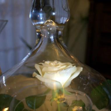 Róża zamknieta w szle...