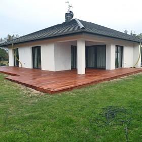 Taras drewniany w Żarach1