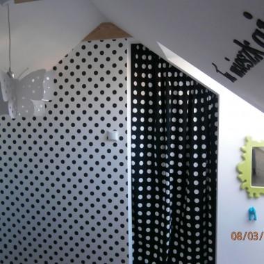 Ekonomiczne wejście do garderoby dziewczynek &#x3B;-)